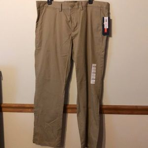 Men's size 40x30 Old Navy Khakis